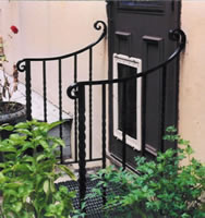 Forged twisted entrance rail